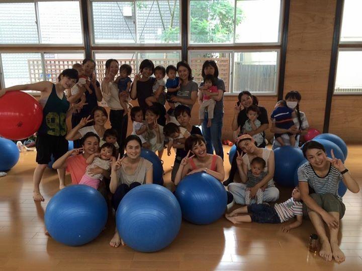 祐天寺のH幼稚園で出張バランスボールレッスン